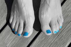 Polished nails (Harald Schnitzler) Tags: blue blackandwhite white black colour feet foot cool toes paint nail cyan nails barefoot nailpolish coloured nailvarnish colorkey schnitzler