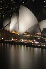 Sydney (www.JnyAroundTheWorld.com - Pictures & Travels) Tags: sydney australia australie monuments iconic night longexposure sydneyharbour cbd operahouse sydneyopera jny canon jnyaroundtheworld jenniferlavoura