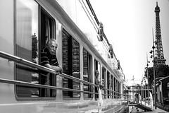 Boat-Hotel on the Seine, Paris 2014 (Photos-Change-The-World) Tags: street leica blackandwhite bw white black monochrom laurent scheinfeld leicamonochrom laurentscheinfeld