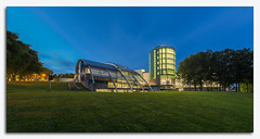 Robert Gordon University.jpg (___INFINITY___) Tags: 6d aberdeen architectural bdparchitects garthdee grays rgu robertgordonuniversity sirianwood architect architecture artschool blue bluehour building campus canon darrenwright dazza1040 digital eos infinity library panoramic scotland tower