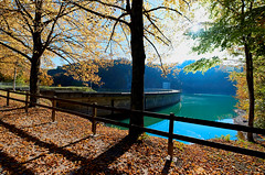 Le barrage de Rossens (Meinrad Prisset) Tags: paysage lac lake lacdelagruyre gruyre districtdelagruyre rossens barrage switzerland suisse schweiz swizzera nikon nikond800 d800 irixlens captureone9 cantondefribourg