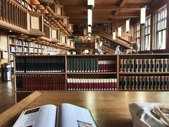 Leuven (Ana BR ) Tags: libros belgica leuven