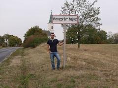 Veszprmfajsz (Norbert Bnhidi) Tags: veszprmmegye veszprm veszprmfajsz tbla nvtbla helysgnvtbla teleplsnvtbla helysgnv sign namesign placenamesign placename tafel ortstafel ortsname