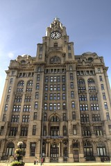 Royal Liver Building (Tony Shertila) Tags: 20150913123736 centralward england gbr geo:lat=5340644918 geo:lon=299301267 geotagged liverpool unitedkingdom outdoor europe britain merseyside graces threegraces building royalliverbuilding royalliverassurance unesco listed clock liverbird facade