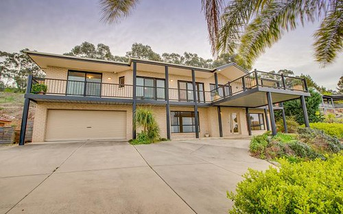 5 Gibbes Close, Kooringal NSW 2650
