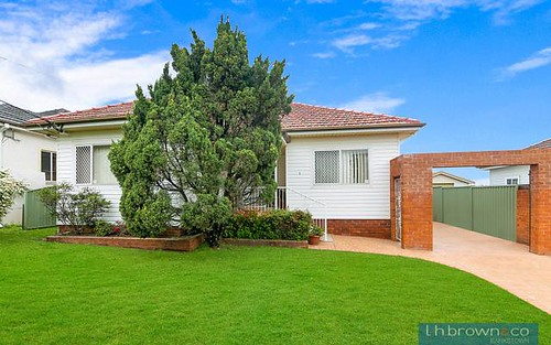 8 Chiltern Rd, Guildford NSW 2161