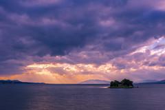 sunset 8992 (junjiaoyama) Tags: japan sunset sky light sun cloud weather landscape blue purple contrast colour bright lake island water nature fall autumn rays beams
