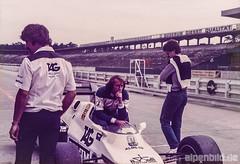 Formel 1  1983 - Jacques Laffite (alpenbild.de) Tags: hockenheim badenwürttemberg deutschland hockenheimring motodrom groserpreisvondeutschland formel1 formula1 motorsport fahrerlager pitlane boxengasse formulaone f1 jacqueslaffite williams teamwilliams williamsford