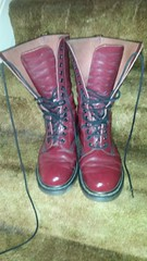 20161027_153038 (rugby#9) Tags: drmartens boots icon size 7 eyelets doc docs doctormarten martens air wair airwair bouncing soles original 14 hole lace docmartens dms cushion sole yellow stitching yellowstitching dr comfort cushioned wear feet dm 14hole cherry 1914 boot indoor