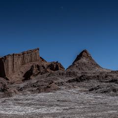 Moon over Valle de la Luna (Piotr_PopUp) Tags: valledelaluna luna moon atacama salardeatacama sanpedrodeatacama antofagasta chile landscape square squared 1x1 southamerica latinamerica blue