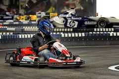 Kart fighting (ruedigerhey) Tags: kardrennen indoor kart rennen fighting helm ralf schumacher rskartbowl