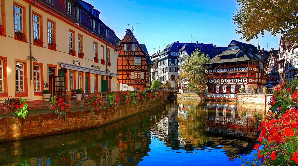 most-beautiful-places-to-spend-this-summer-strasbourg-france-20161201021440