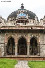 DSC5588 Tumba de Masnad Ali Isa Khan, 1547-48, Delhi (Ramón Muñoz - ARTE) Tags: delhi india mausoleo tumba de masnad ali isa khan