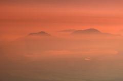 Floating Mountains (pokoroto) Tags: floating mountains sunrise mount fuji  fujisan yamanashi prefecture   japan 8   hachigatsu hazuki leafmonth 2016 28 summer august