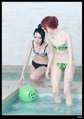 nEO_IMG_DP1U2123 (c0466art) Tags: light portrait motion nature water pool girl female canon ball happy asia pretty play action room gorgeous taiwan motel indoor suit attractive lovely charming swiming  1dx c0466art