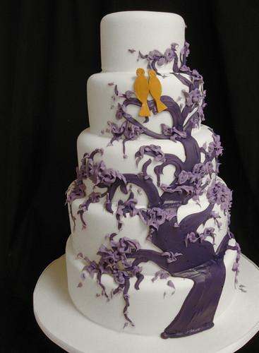Willow Tree Birds Wedding Cake med