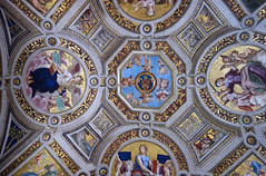 Raphael, ceiling with allegorical figures of Theology, Justice, Philosophy, and Poetry (clockwise starting at 12)