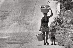 Malabares 3 (emmanuel orbe) Tags: road street woman work mom kid force sweet mama acapulco job fuerza
