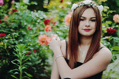 (Lara Gerken) Tags: flowers summer green nature girl 50mm bokeh