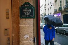 Musée de la Curiosité et de la Magie (rj.putter) Tags: paris france streetphotography olympuspen ruesaintpaul panasonic20mm17 muséedelacuriositéetdelamagie