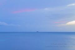 Fazzad - IMG_5882 wl (Fuad Azzad) Tags: ocean sunset sea cloud naturaleza praia beach nature water atardecer mar agua natureza honduras playa atlantic nuvem cay ocaso nube cayo oceano caribe atlantico cays cayos cochinos
