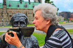 Ottawa Ontario ~ Canada ~  Ruth Having a Cup of Tea ~ The Famous Five ~ Famous Sculpture (Onasill ~ Bill Badzo) Tags: sculpture ontario canada cup bronze canon court lens eos rebel emily women flickr tea five ottawa famous hill sigma parliament canadian case historic louise historical irene tribute persons nellie edwards muir murphy senate supreme sl1 mckinney henrietta sulpture on mcclung bnaa d1000 18250mm parlby onasill ruthbadzo