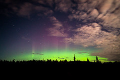 Hawk Ridge Aurora (diogenic) Tags: minnesota aurora mn duluth northernlights auroraborealis hawkridge sel16f28