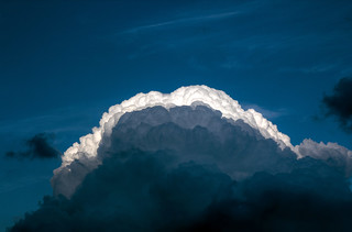 Nube in arrivo! Coming cloud!