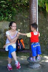 DSC02941 (小賴賴的相簿) Tags: family baby kids zeiss children happy day sony taiwan childrens taipei 台灣 台北 親子 暑假 木柵 景美 孩子 1680 兒童 文山 a55 anlong77 小賴家 小賴賴的家 小賴賴