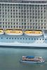 Oasis of the seas (alimoche67) Tags: barcelona españa barco sony alpha royalcaribbean cataluña slt crucero transatlantico translucentmirror josejurado 77ii
