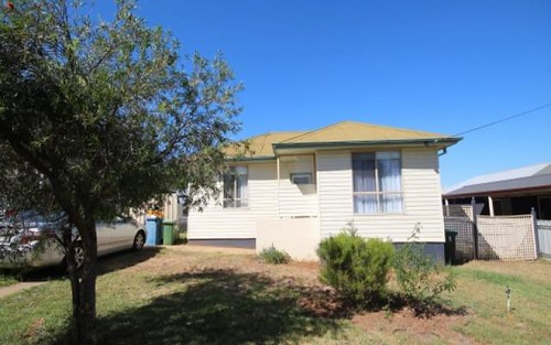 8 McDonough Avenue, Mount Austin NSW
