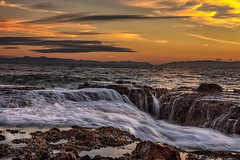 Sunset at the White Point beach (bodro) Tags: sanpedro whitepointbeach dramaticsky longexposure ocean silkywater sunset tidepool wave