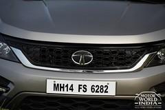 Tata-Hexa-Front (2)