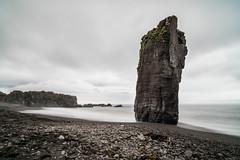 Starmrit, Eastcoast Iceland (Jordan Schwarz Photography) Tags: water august stones black beach sand waves cold grey clouds rock stein algen einsam lonely high island