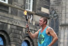 Street Performer, Edinburgh (Secondcity) Tags: streetperformer edinburgh edinburghfestivalfringe highstreet royalmile