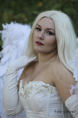 @ LUCCA COMICS & GAMES 2016 (fabiogis50) Tags: luccacomicsgames2016 cosplay cosplayer cleavage sexy girl portrait white