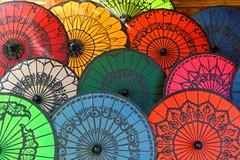 2015.08.16 09.16.30.jpg (Valentino Zangara) Tags: 5star bagan budda flickr myanmar reclining umbrella nyaungu mandalayregion myanmarburma mm