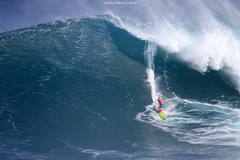 IMG_2558 copy (Aaron Lynton) Tags: surfing lyntonproductions canon 7d maui hawaii surf peahi jaws wsl big wave xxl