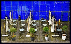 Composizione con ombrelloni e tavoli - Ottobre-2016 (agostinodascoli) Tags: tavoli sedie ombrelloni nikon nikkor texture viaggi travel art agostinodascoli digitalart digitalpainting digitalgraph colore fullcolor vasi photoshop photopainting