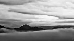 Nubi e Nebbia (Eugenio_81) Tags: cassino nubi nuvole nuvola nebbia fog clouds paesaggio landscape landscapes italia italy blackandwhite blackwhite biancoenero monti montagne montangna mountain mountains cloud autunno foschia autumn haze mist cloudy ngc