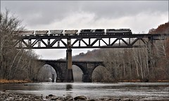 Conemaugh Crossing (Images by A.J.) Tags: train railroad railway rail ns norfolk southern pa pennsylvania tunnelton bridge truss conemaugh river dam wabash heritage manifest merchandise freight emd sd70ace fall autumn winter