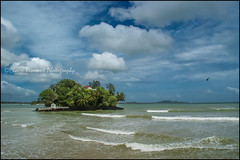 Island.  Weligama (Claire Pismont) Tags: island sea seaside srilanka weligama pismont colorful clairepismont couleur color colour travel travelphotography documentory