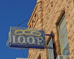 Linked Together (Pete Zarria) Tags: southdakota oddfellows fraternal redstone sign neon smalltown decay old artifact