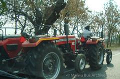 NH 95-Ludhiana to Moga (Malwa Bus Archive) Tags: 2010 india malwabusarchive punjab to416 transport travel nh5 masseyferguson tractor