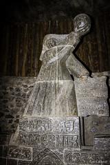 Cracovia - Statua di Copernico nelle Miniere di Sale (ugo.ciliberto) Tags: cracovia polonia miniere minieredisale salt mine saltmine statua statue copernico grotta cavern wieliczka