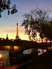 Paris le 30 octobre 2016 (y.caradec) Tags: iphone iphone7 iphone7plus paris france europe eiffel eiffeltower toureiffel tour tower monument