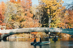 I KNOW PLACES I (Miss Yoshie Vee) Tags: centralpark newyorkcity upperwestside manhattan autumn yoshievee canon60d outdoor