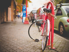 Red on Red (Isaac Hilman (@lifeofisaac)) Tags: red locked bicycle old vintage faded soft bokeh 50mm f14 victoria bc nikon d800