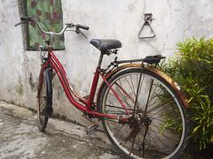 Rusty bike (Mooh Bear) Tags: bike batanes rust wowphilippines