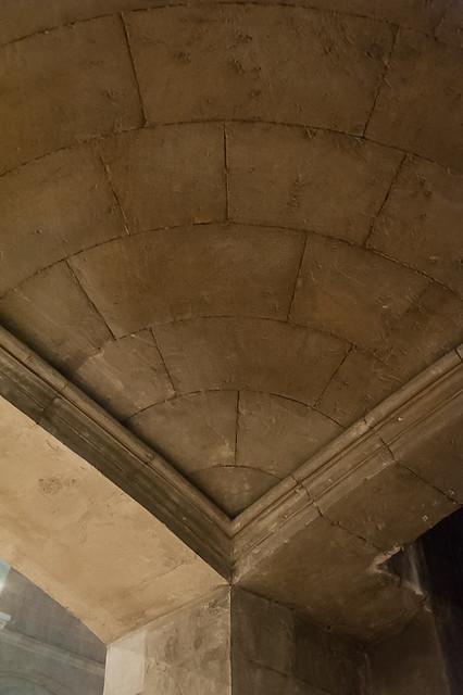 france architecture provence drôme rhônealpes artroman architecturereligieuse tricastin drômeprovençale saintpaultroischâteaux romanprovençal cathédralenotredamedesaintpaultroischâteaux